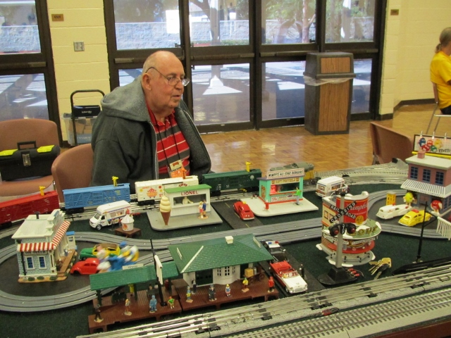 2013 February portable layout Larry Carpenter
